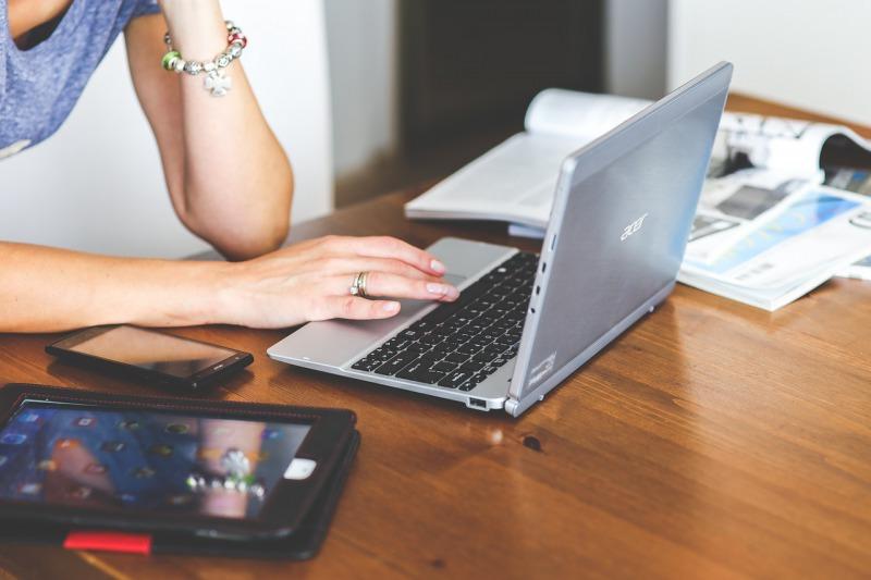 ネットビジネスで圧倒的に稼ぐために必要な3つの要素とは?